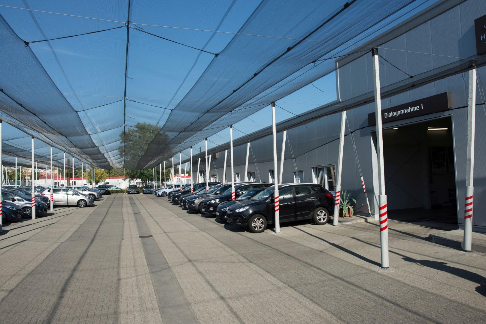 Hagelschutzanlage im Autohaus Körner