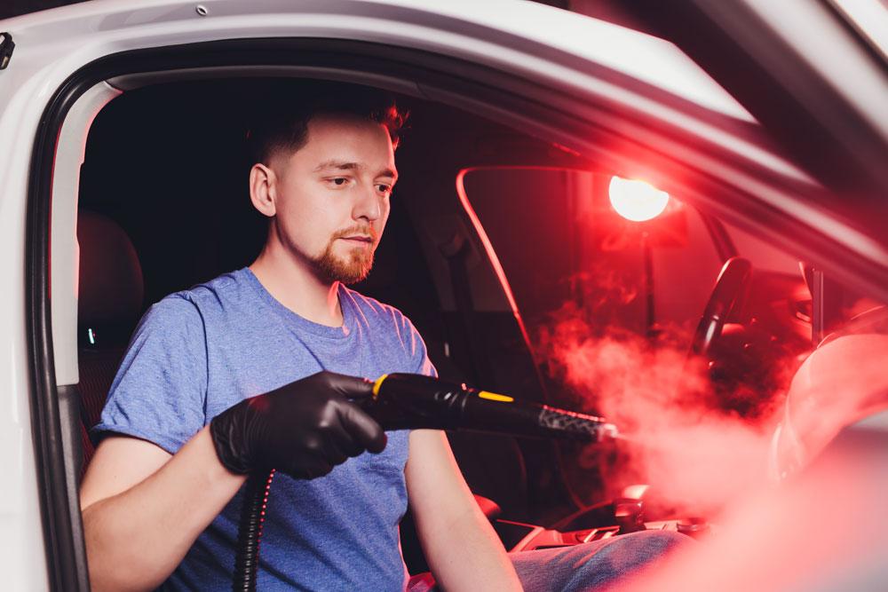Fahrzeuginnenraum-Desinfektion mit Kaltnebel